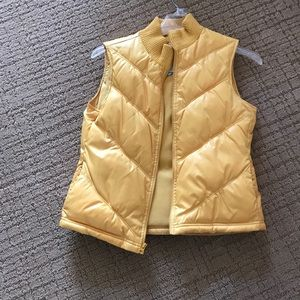 Maize quilted vest size M
